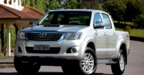 imagem do carro versao Hilux STD 3.0 Turbo 4x4 CD