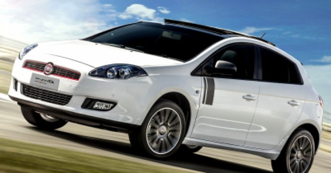 imagem do carro versao Bravo Sporting 1.8