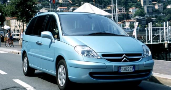 imagem do carro C8