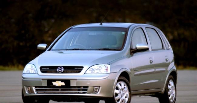 imagem do carro versao Corsa 1.8