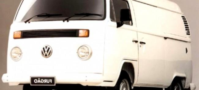 imagem do carro versao Kombi Furgão 1.6