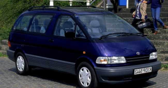imagem do carro Previa