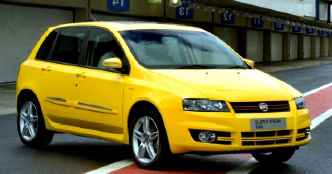 imagem do carro Stilo