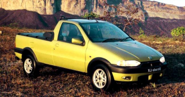 imagem do carro versao Strada LX 1.6 16V CS